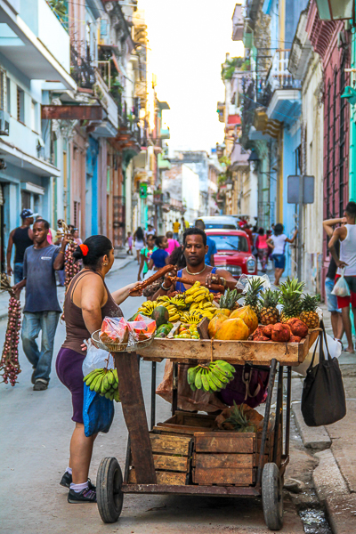 Anyone for some fruit? Best way to buy food on the streets of Havana