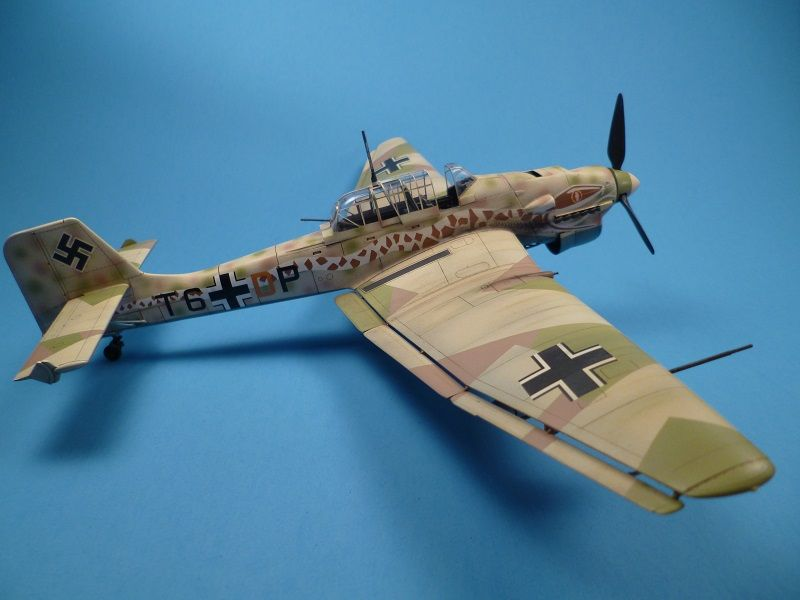 Junkers JU87R-2 Stuka Limited Plastic Model Airplane Kit in 1\/48 - how would you weigh a plane without scales