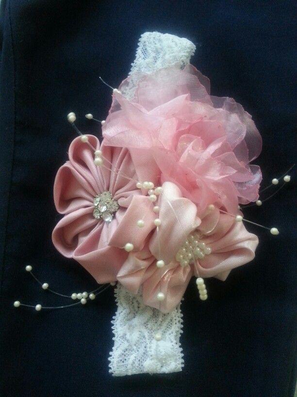 Banda del pelo, flores de tela