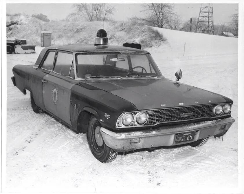 Pin By Elizabeth Hernandez On Law Enforcement Stuff Police Cars Old Police Cars Ford Police