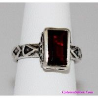 Silpada Artisan Jewelry Sunglow Red Genuine Garnet Hammered 925..