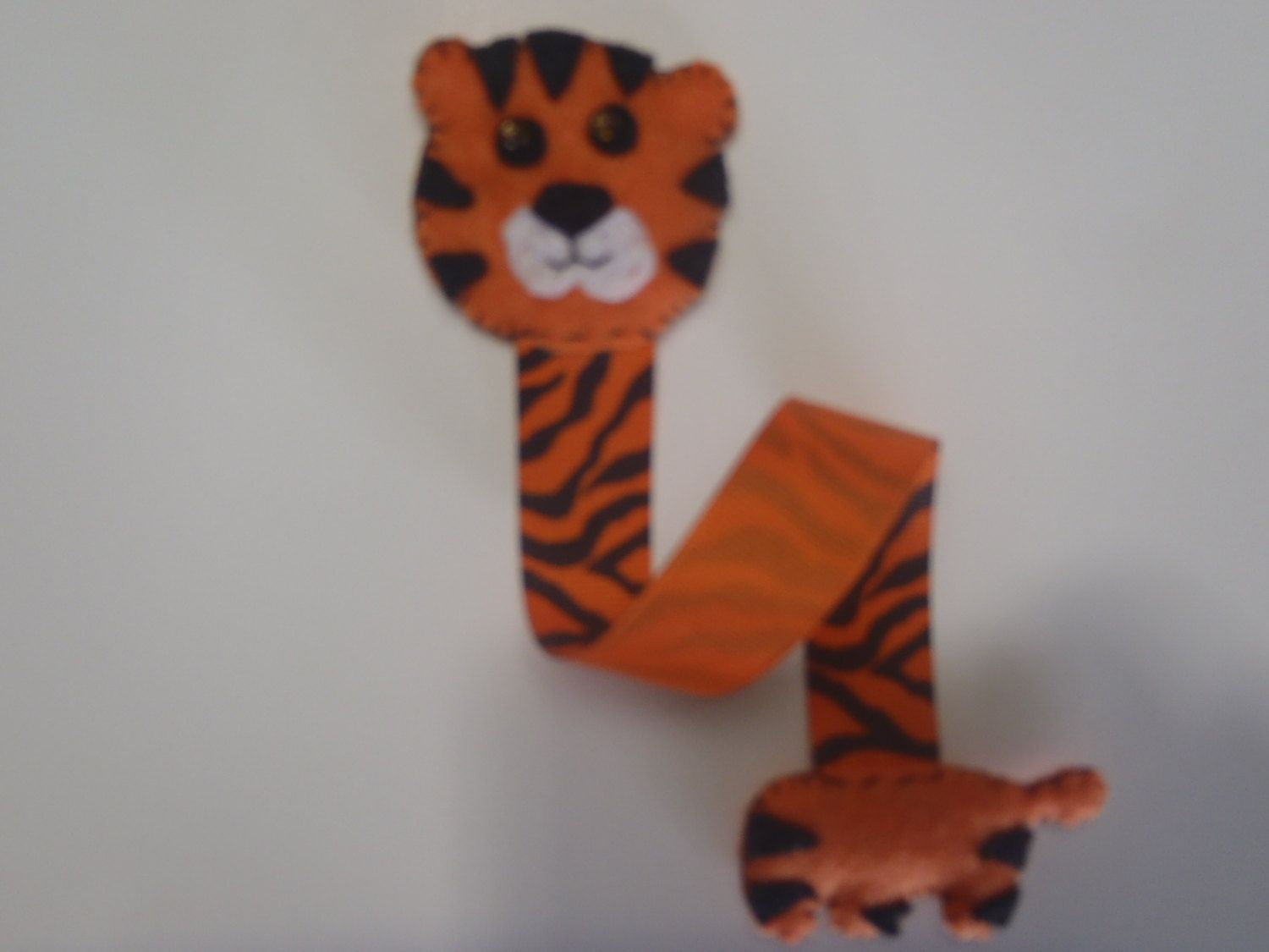 Tiger Bookmark, Felt Tiger Book Marker, Safari Tiger Bookmark, Tiger Theme Gift by AMailys on Etsy