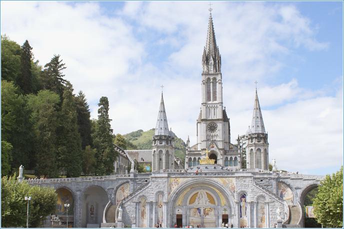 Santuario De Lourdes Como Llegar A Lourdes Santuario De Lourdes Cathedral Pilgrimage Lourdes
