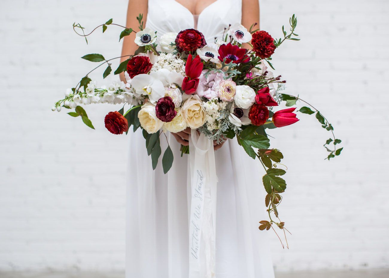 Independence day wedding inspiration pinterest white bouquets