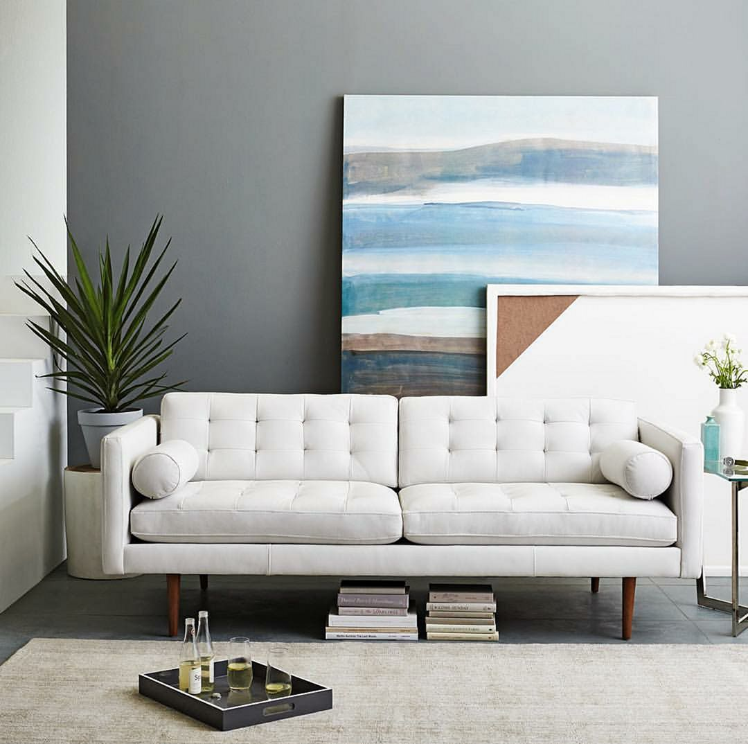 15 Modern White Sofa Design For Stunning Living Room Interior Decoration Homeint In 2020 Mid Century Leather Sofa White Leather Sofas Mid Century Modern Leather Sofa