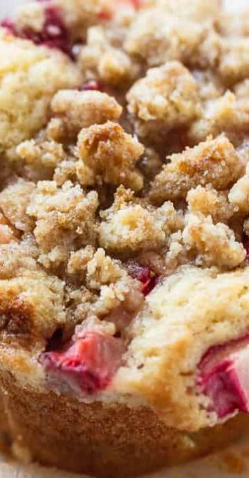 Strawberry Rhubarb Muffins Strawberry Rhubarb Recipes Rhubarb Desserts Rhubarb Recipes Muffins
