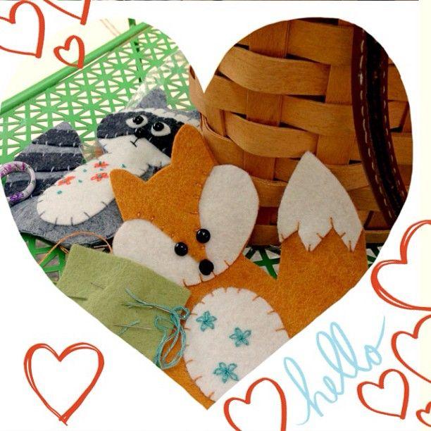 SnapWidget | Felty stitching... #handmade #happyspot #making #yougogirl