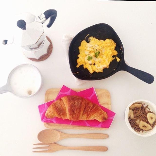 noz.takanees朝ごはん #おうちごはん #スクランブルエッグ最高#bialetti