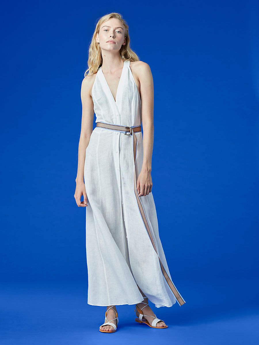 7487e92796 Perfect to wear to and from the beach or to a low-key dinner in warm  weather climates