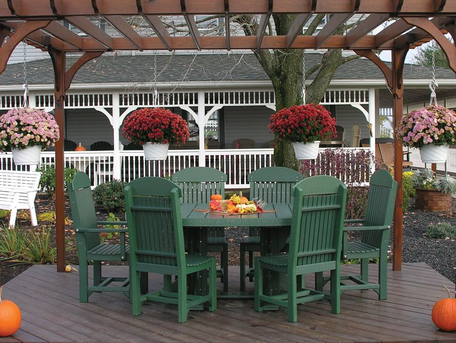 Outdoor Dining Group