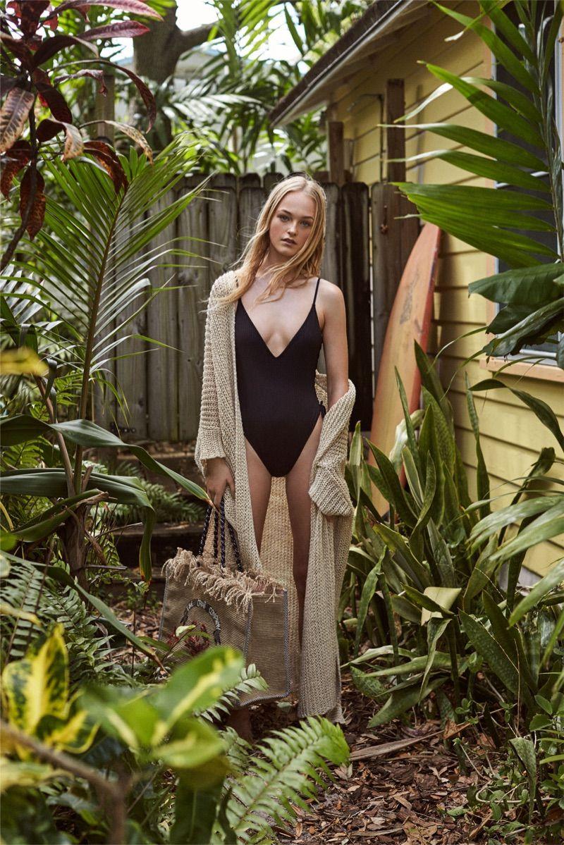 cameltoe Bikini Jean Campbell naked photo 2017