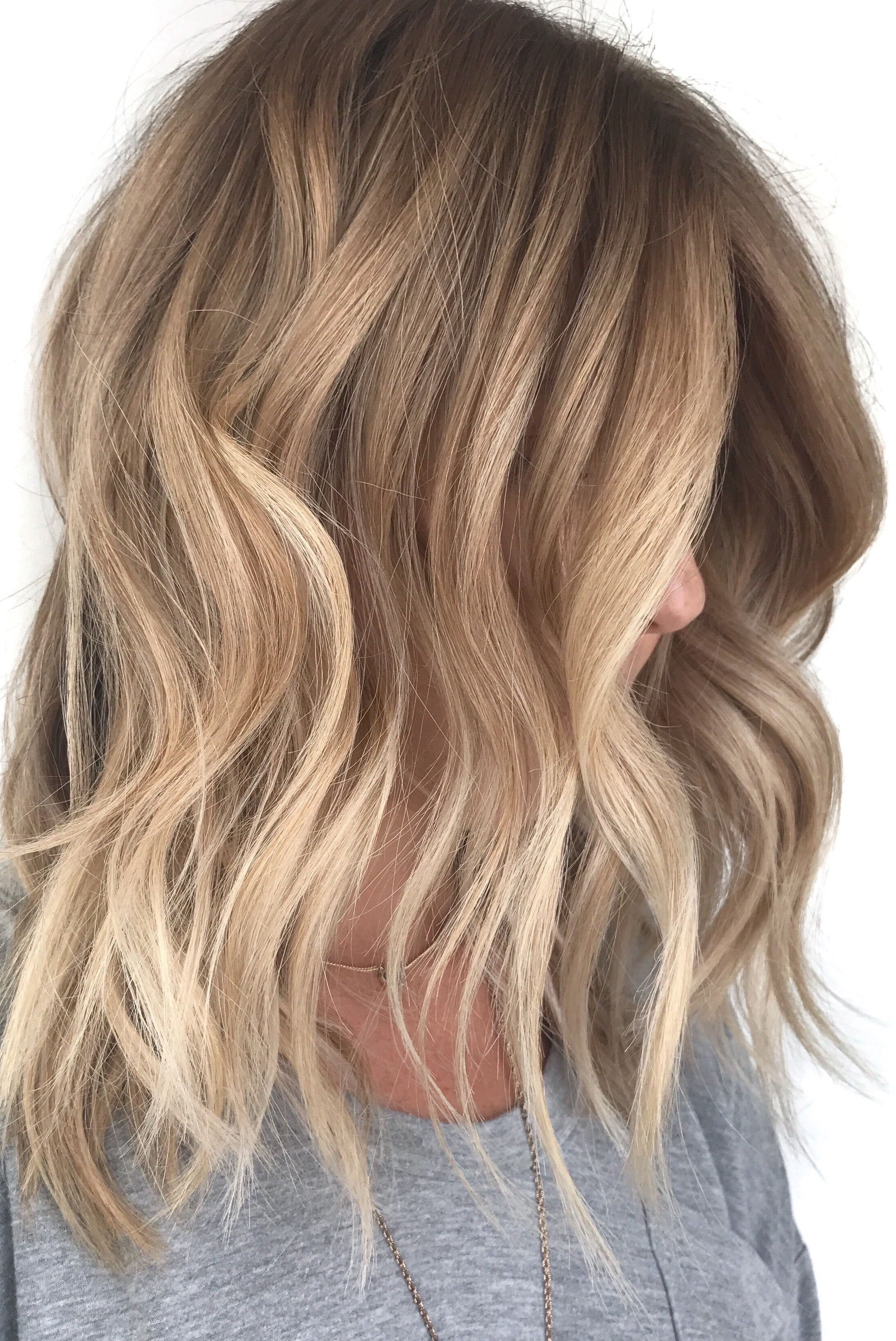 Highlights Blond Blonde Balayage Natural Blonde Highlights Loose Waves