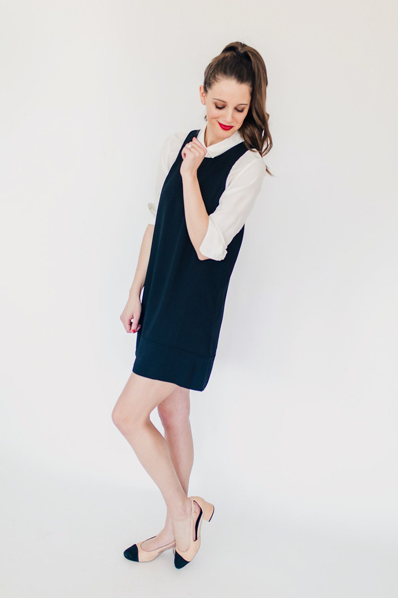 How To Wear A Shift Dress 4 Ways And The Best Ever Lbd Everyday Outfits Dresses Simple Outfits [ 2071 x 1380 Pixel ]