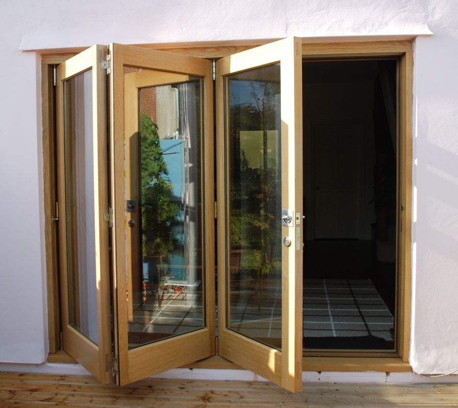Folding Doors WE OPEN THE DOORS FOR PROGRESS. 2 lock mechanism can ...