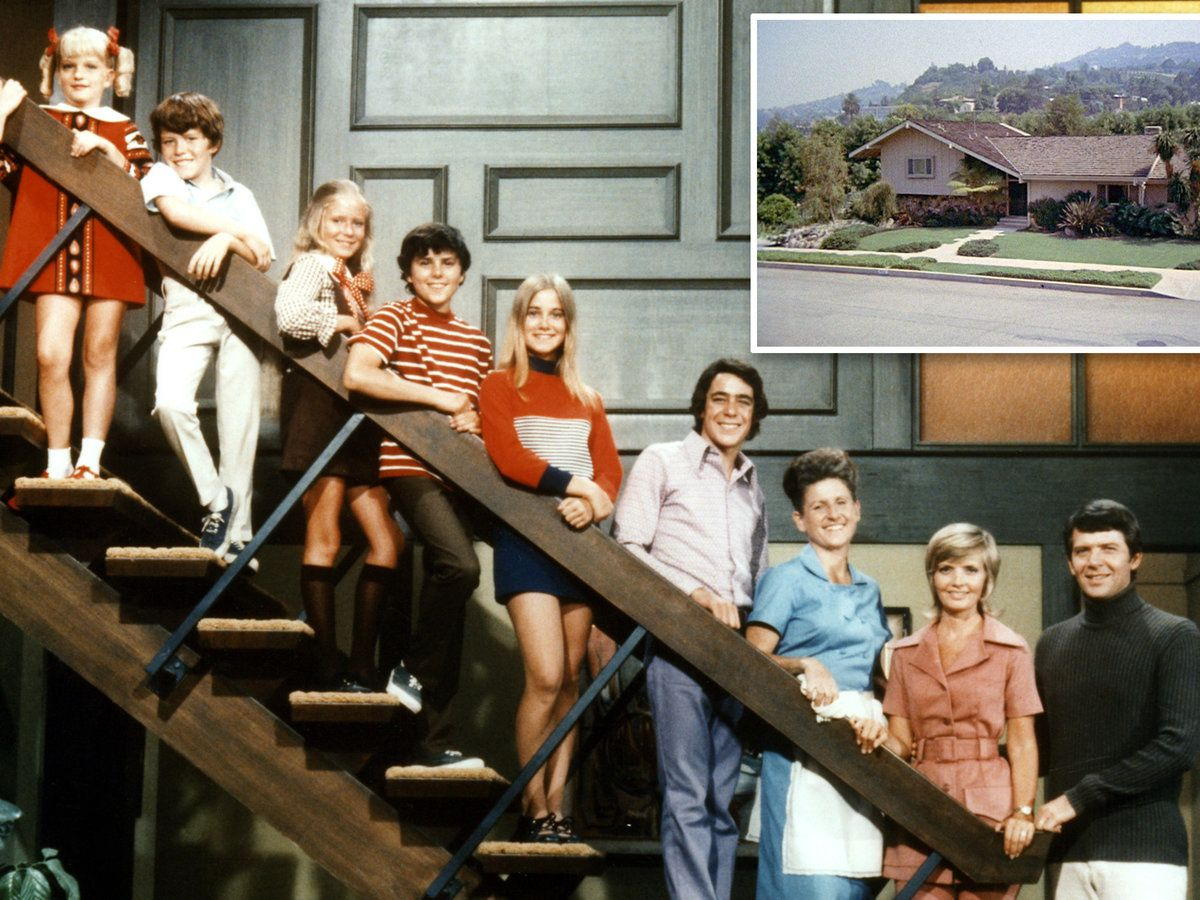 The Brady Bunch House Is for Sale. See What It Really Looks Like Inside #bradybunchhouse