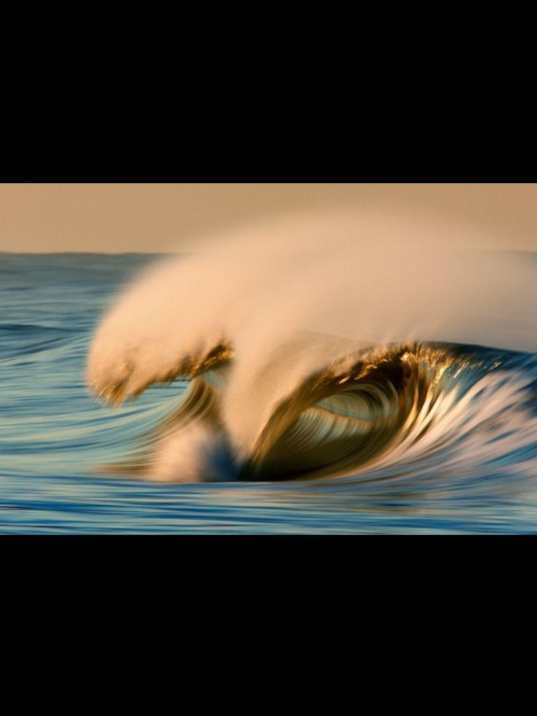 Long exposure of wave