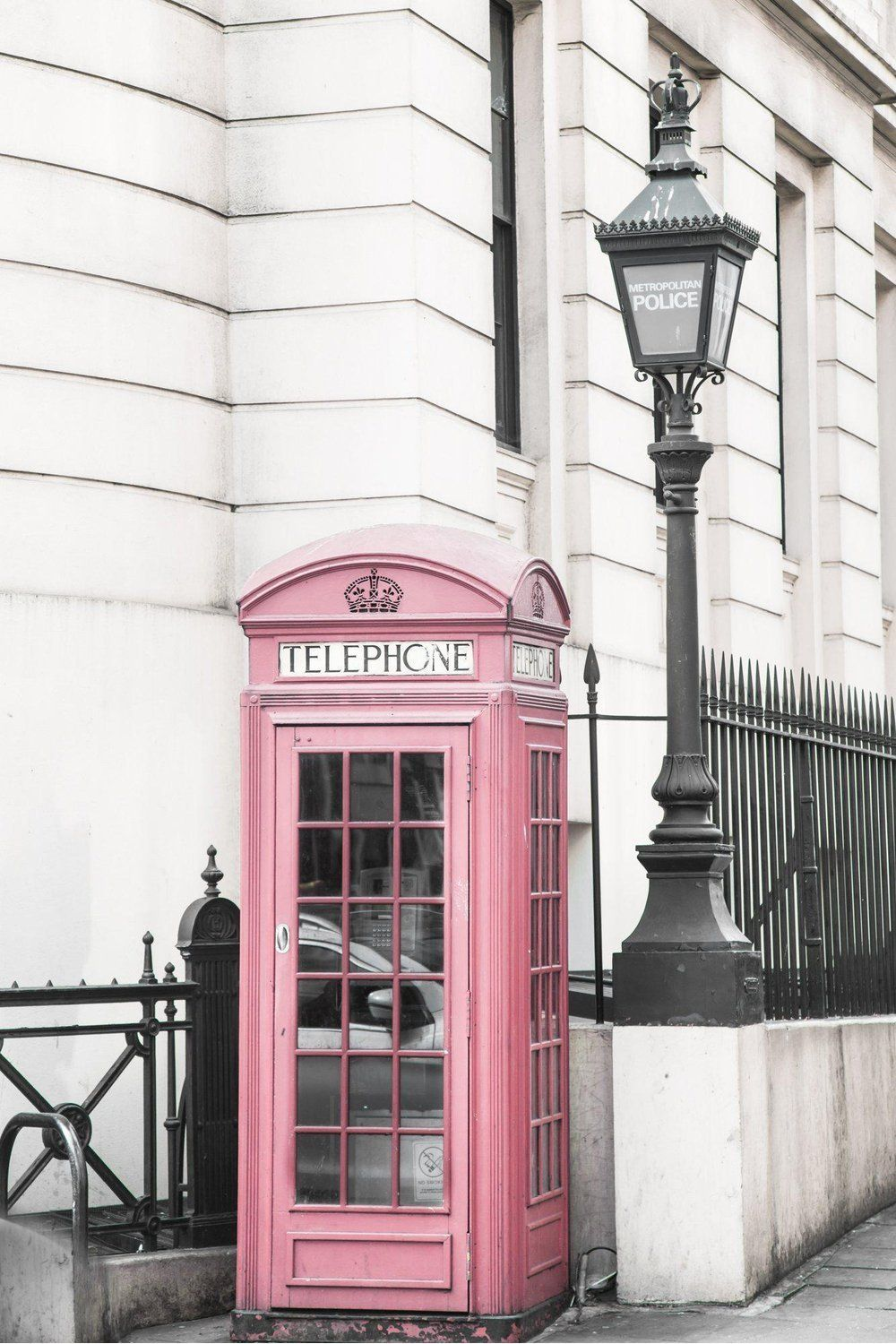 London Print - Telephone Booth - 12x18 inches / 1\ White Border
