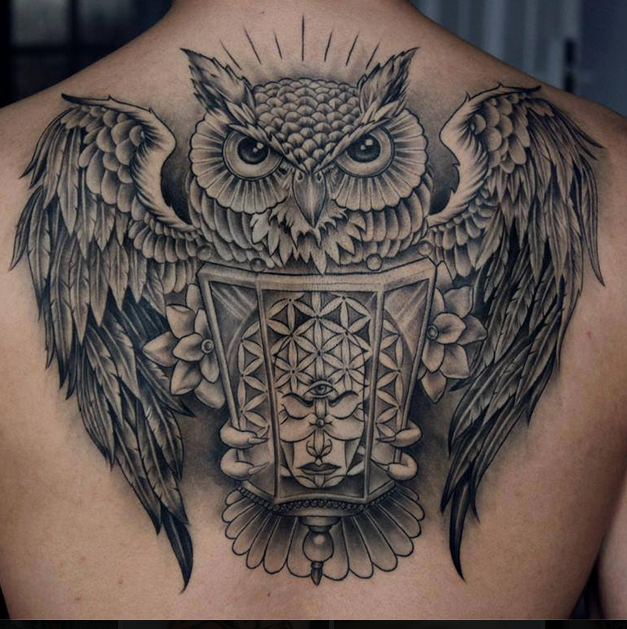 """See this """"Swooping Owl Back Tattoo"""" tatoo and other tattoo ideas on Tattoo Ideas Gallery"""