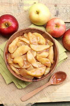 Easy Scalloped Apples — a quick & easy option to applesauce... make a speedy crisp by topping with granola