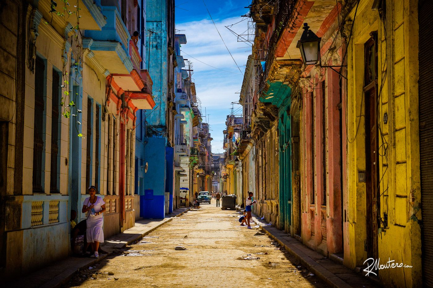 One of the super colored streets of the Havana. Cannot resist to that. http://bit.ly/FBRMM  All photos are property of mine as author and are made with @nikonusa D810 DSLR and @manfrottoimaginemore 190CX Pro4 tripod   #photooftheday #picoftheday #photo #swag #fun #me #cute #follow #instalike #likeforlike #instadaily #instamood #amazing #style #hot #beautiful #Mantero #followme #igers #nature #sky #sun #viewbugfeature #travel #wanderlust