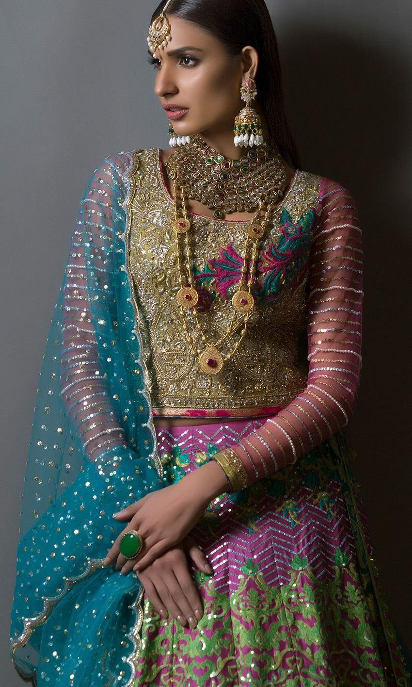 Erfreut Indian Prom Kleider Fotos - Hochzeit Kleid Stile Ideen ...