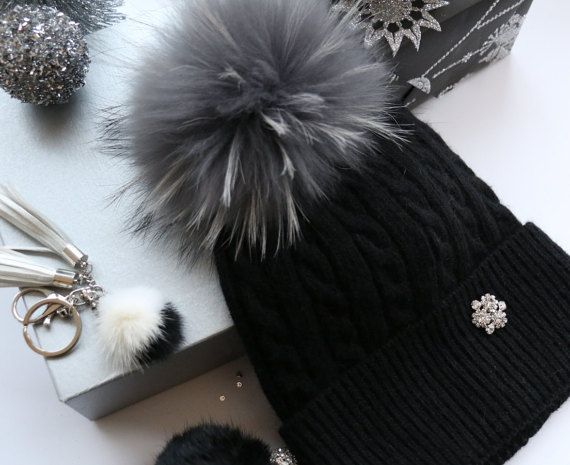 Beanie, Cashmere Wool Knit Blend Beanie Hat with Detachable Genuine Raccoon Fur Pom-Pom Black Beanie and Gray Fur, NEW!