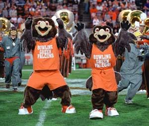 Pin By Susan Lay On College Mascots Bowling Green State University Falcons Football Bowling