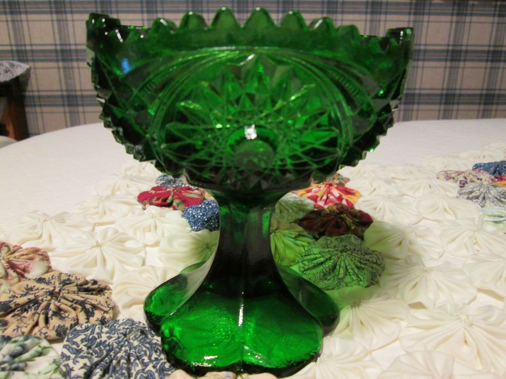Kemple green glass sawtooth rim compote Jelle Compote dish marked  #KempleGlass - Flea Market find
