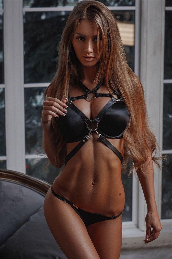 amazing military women nude