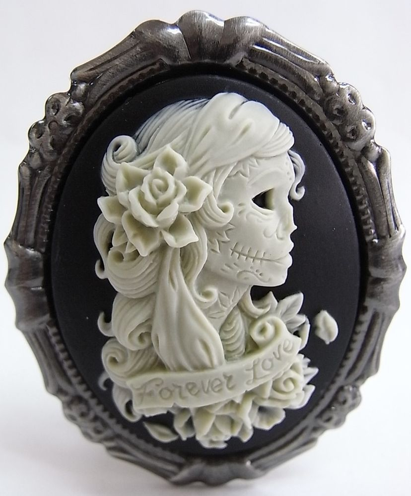 """24/"""" Vintage Style Gothic Sugar Skull Lady Cameo Pendant Necklace"""