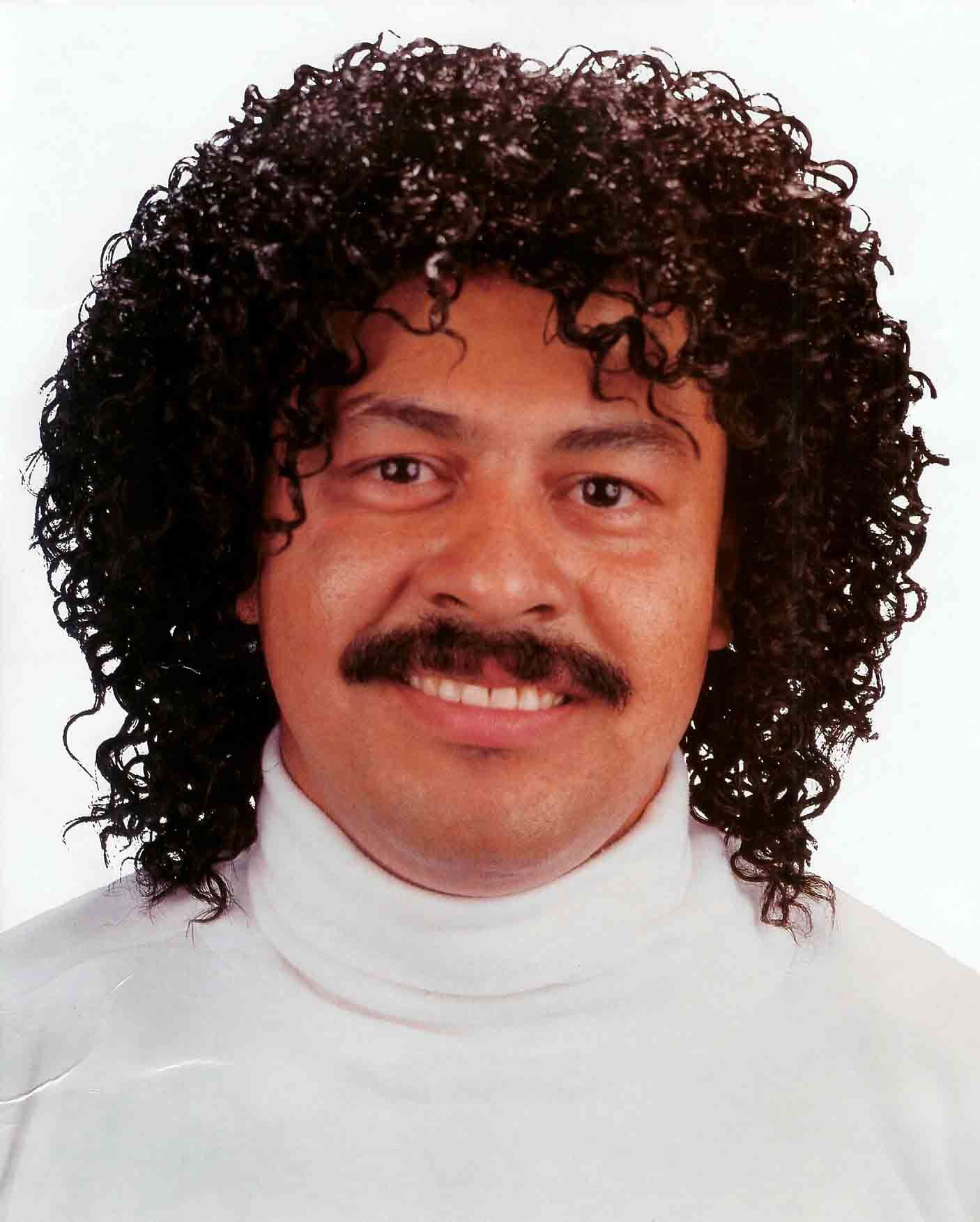80s Hairstyles Male Toe Lionel Richie Jheri Curl Hairstyle Celebrity Hair Styles Jheri Curl Cool Hairstyles Curled Hairstyles
