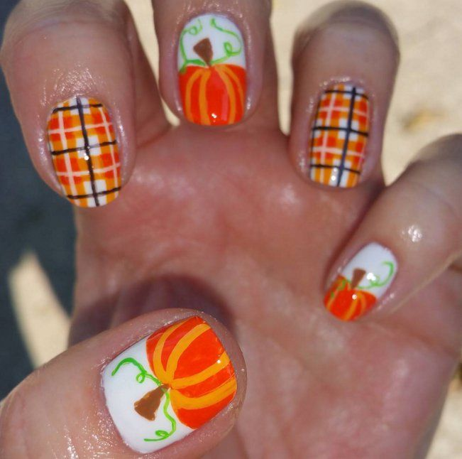 Carve Out Time to Do These Pumpkin Nail Art Looks - Carve Out Time To Do These Pumpkin Nail Art Looks Pumpkin Nail Art