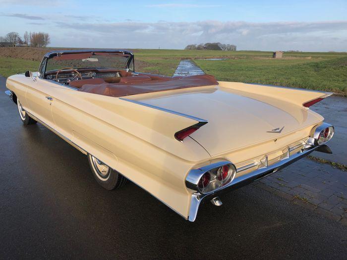 Cadillac – Coupe DeVille Convertible – 1961