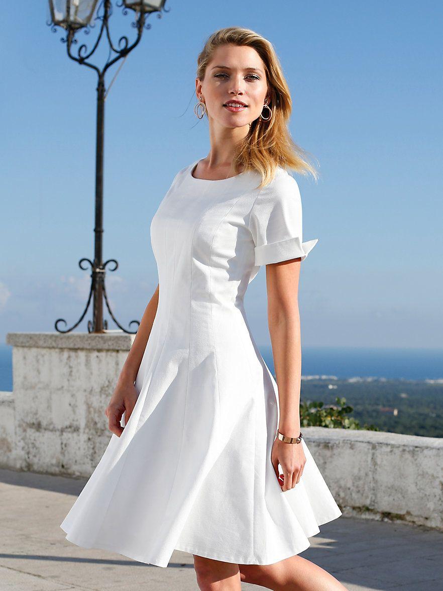 Kleid von Uta Raasch mit 16/16-Arm – ein femininer Sommer-Traum mit