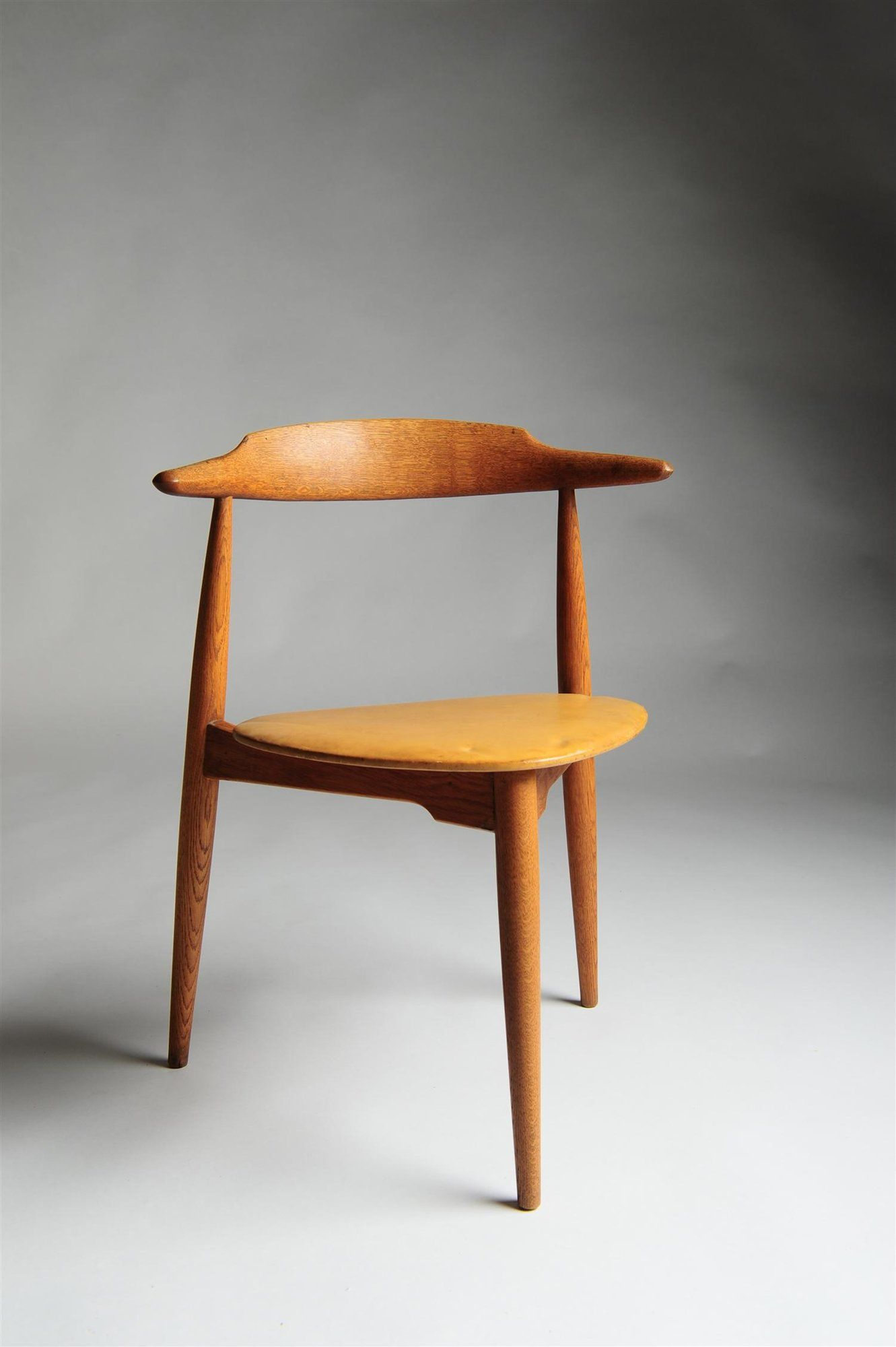 Superbe Heart Chair   Hans Wegner