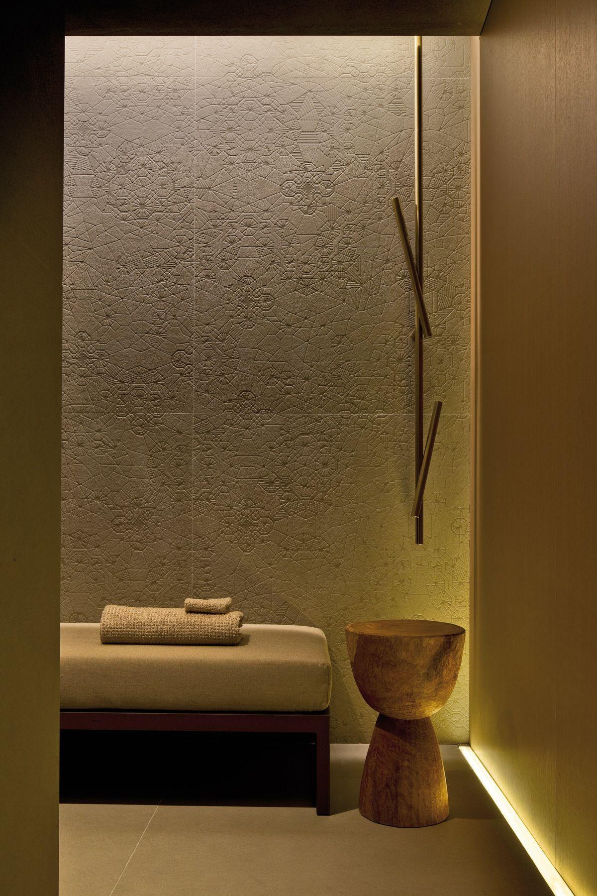 Home Remodel Open Concept In 2020 Spa Massage Room Spa Interior