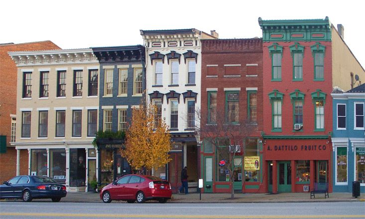 200 West Main Street Shops - Madison Historic District Downtown Madison Indiana   Storefront design, Madison indiana, Skyscraper architecture