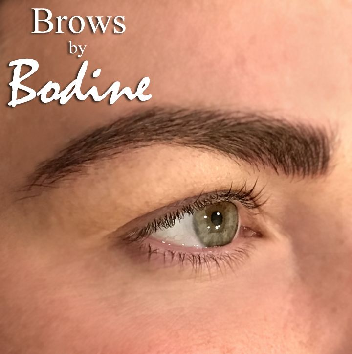 Blending Microblade Strokes Into Brow Hairs To Create An Extra Full