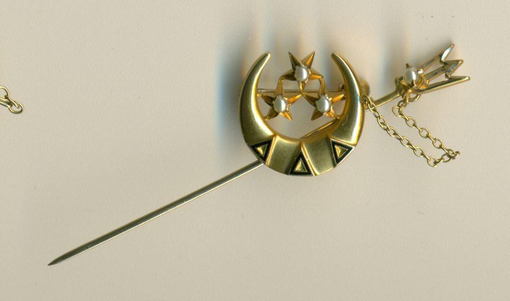 Vintage 14k gold Delta Delta Delta Sorority Fraternity pin w/Trident - Wow