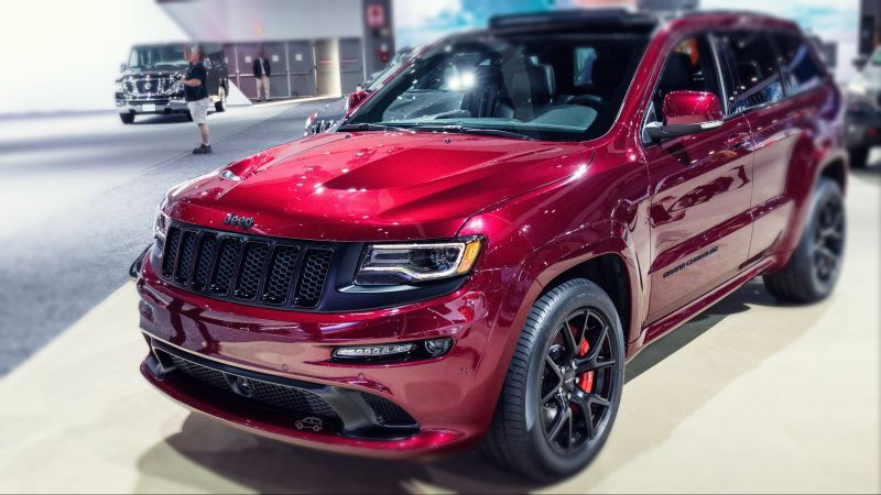 2019 Jeep Grand Cherokee Srt Trackhawk Review Jeep Grand Cherokee Srt Jeep Grand Jeep Grand Cherokee Diesel