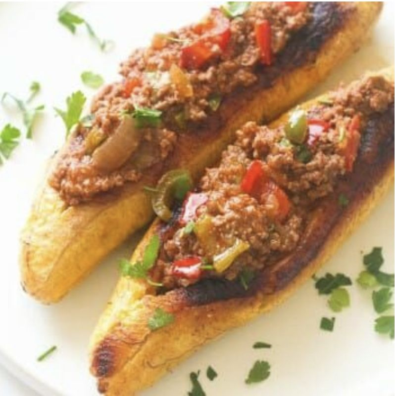 #maduros #canoas #sweetPlantan stuffed with #groundBeef
