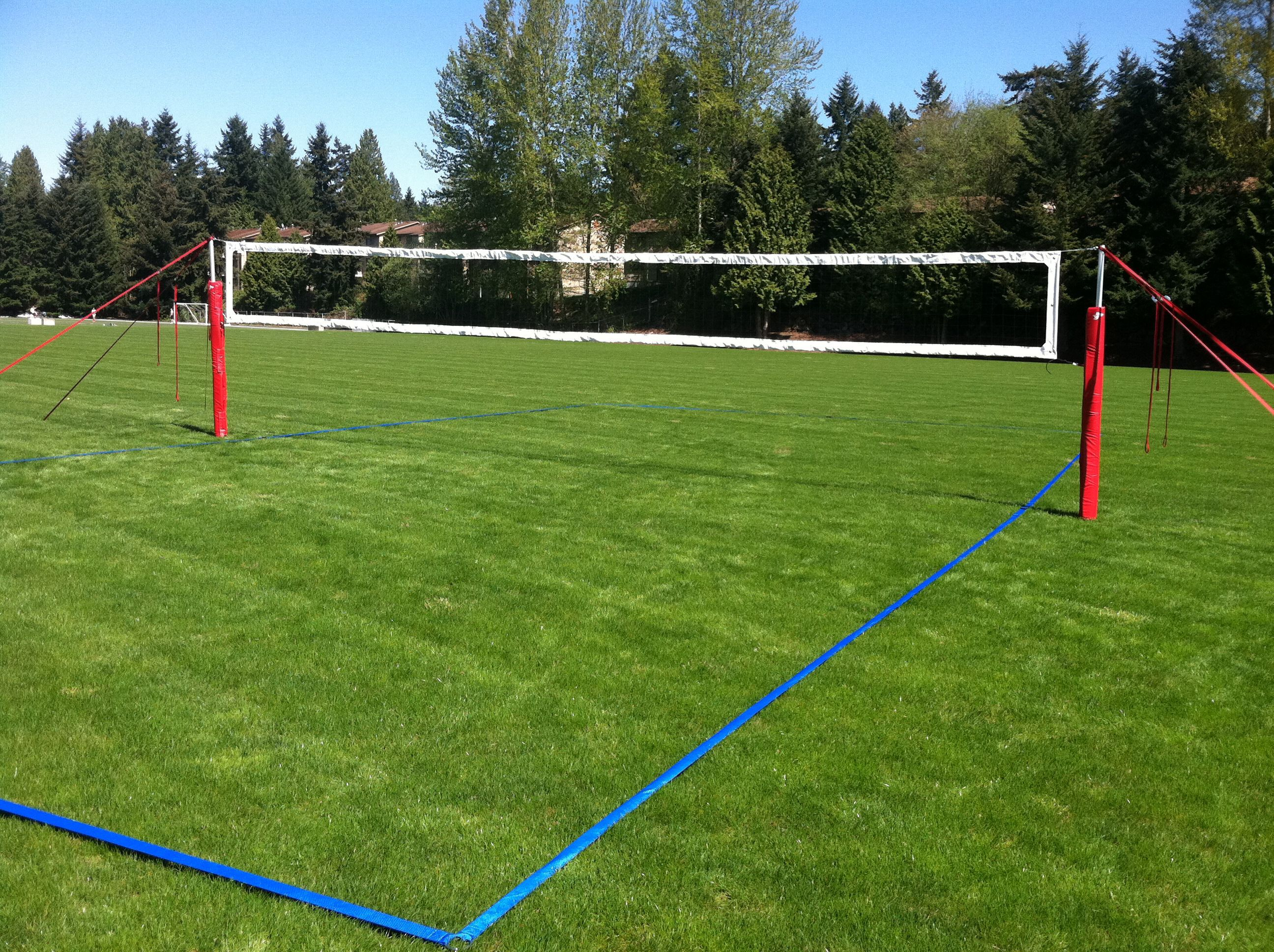 How To Construct A Grass Artificial Turf Volleyball Court Outdoorsport Outdoor Sport Outdoo In 2020 Volleyball Court Backyard Volleyball Set Outdoor Sports Court