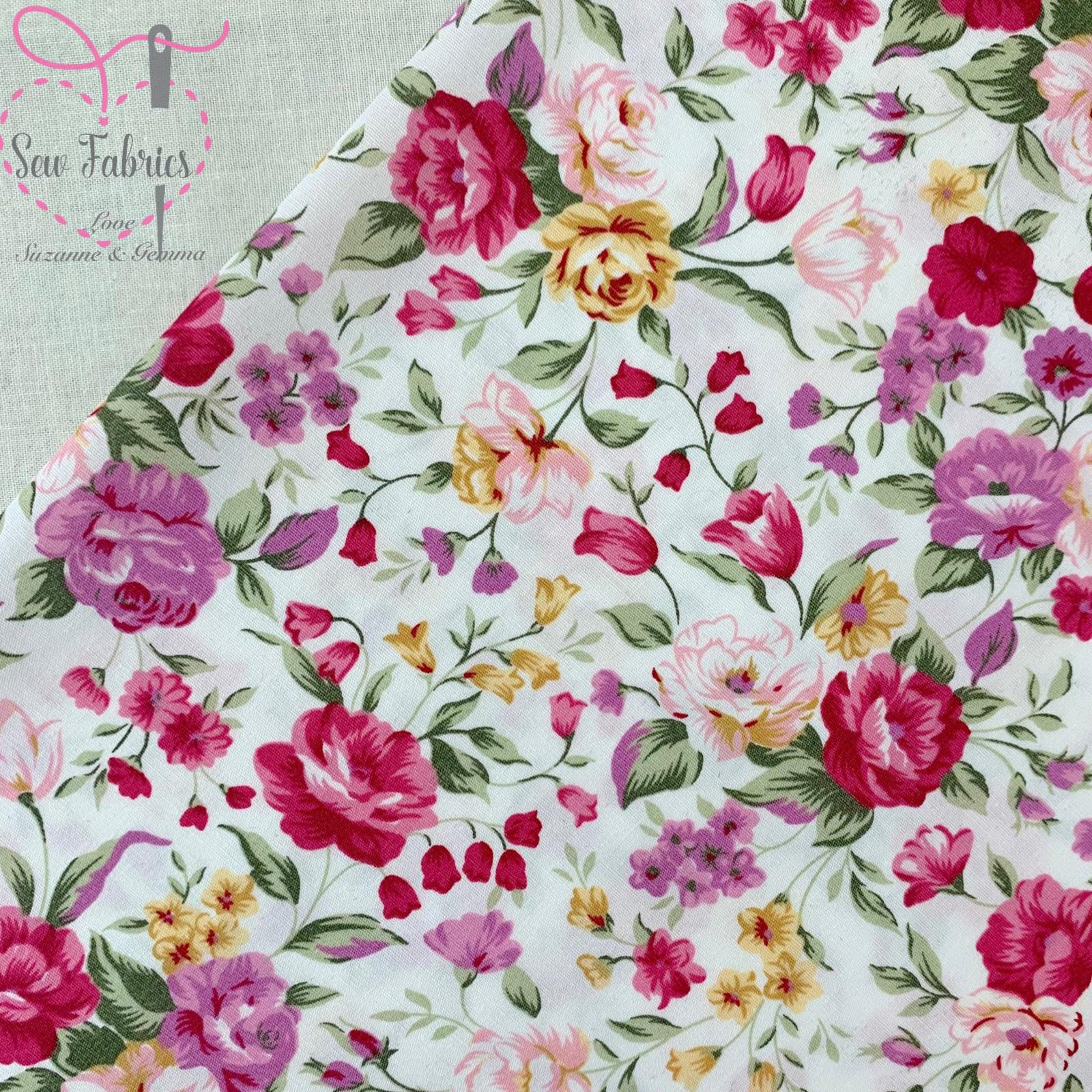 100/% Cotton Poplin Fabric Rose /& Hubble Blooming Flowers Floral