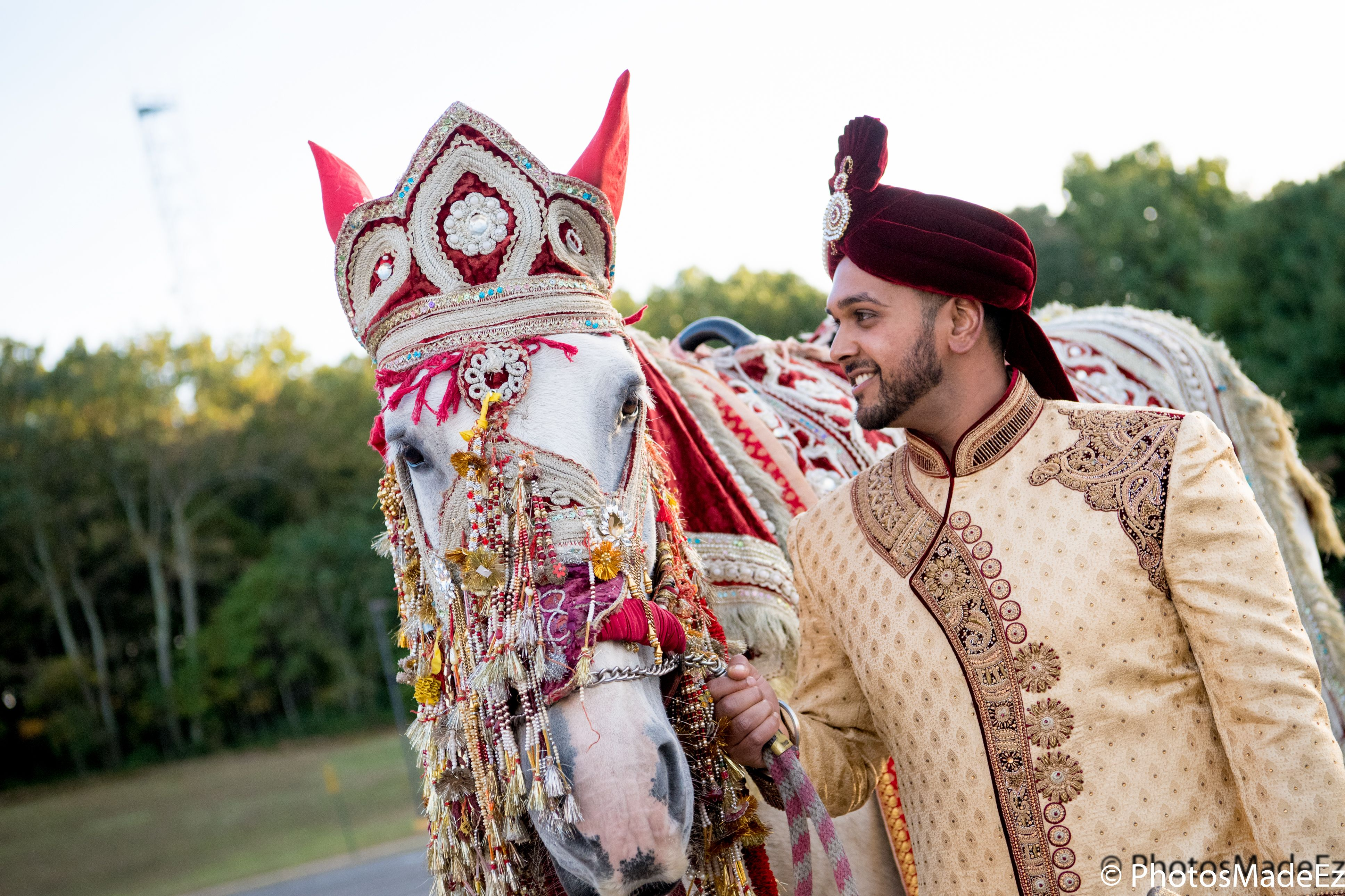Baraat for Hindu Wedding at the Mansion in voorhees New Jersey