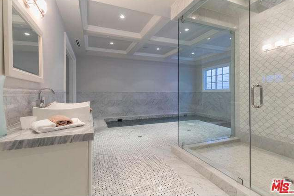 Indoor Exercise Pool & Spa   BathRooms & Showers & Spas I ...