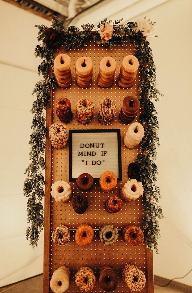 25 Wedding Donuts – A fun alternative wedding dessert Ideas