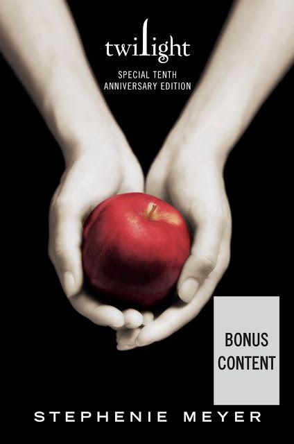 """HME: 10 ani de la publicarea romanului """"Amurg"""""""