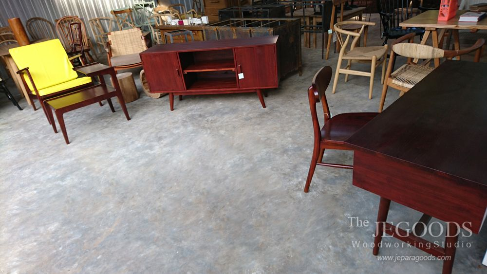 Jegoods Mebel is a furniture design studio. We manufacture and supply furniture ideal for private house or commercial use. Available at #wholesale price. We ship worldwide. Special offer for interior designers need.  #retrofurniture #scandinavianfurniture #midcentury #indonesiafurniture #jeparafurniture #jeparagoods #vintagefurniture #industrialfurniture #hotelchair #cafechair #kursicafe #furniturecafe #teakfurniture #danishfurniture #scandinaviafurniture #retrochair #midcenturyfurniture