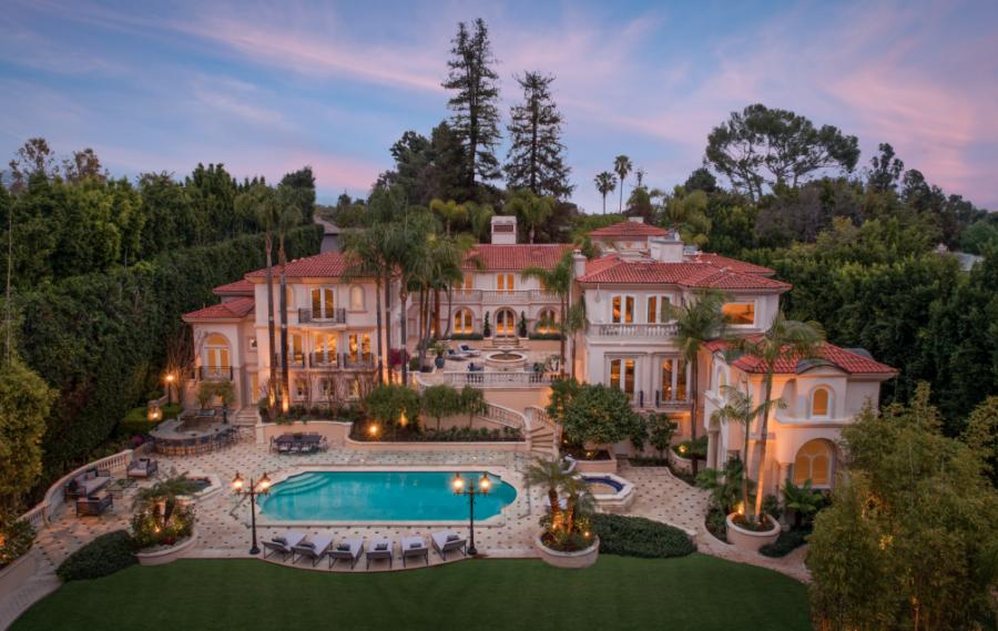 50 Million Stunning Mediterranean Style Architecture Mega Mansion In Bel Air California Luxury Homes Dream Houses Luxury Mediterranean Homes Mansions