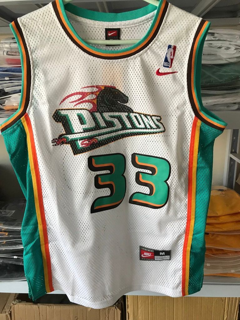 1ab4e5fdfa97 Men 33 Grant Hill Jersey White Detroit Pistons Jersey Swingman Fanatics